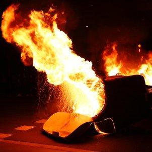 ELNACIONAL aldarulls barcelona contenidors cremant - sergi alcazar