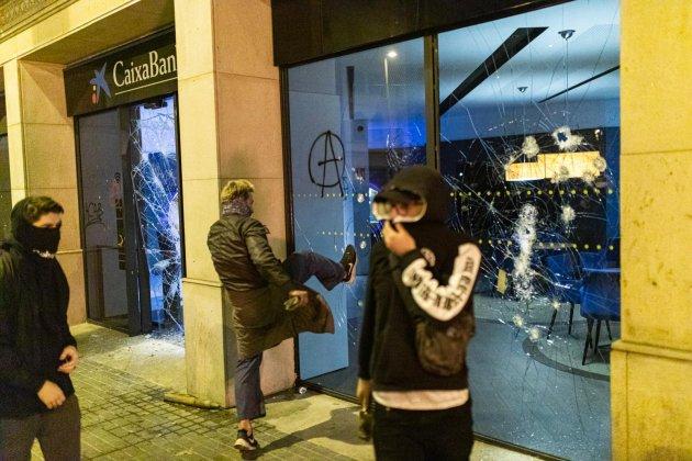 CDR trenquen oficina caixabank - Pau venteo
