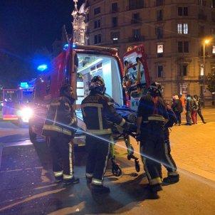 Manifestant ates bombers aldarulls barcelona - Marta Lasalas