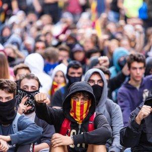 ELNACIONAL vaga general 18-o sentada estudiants via laietana - pau venteo