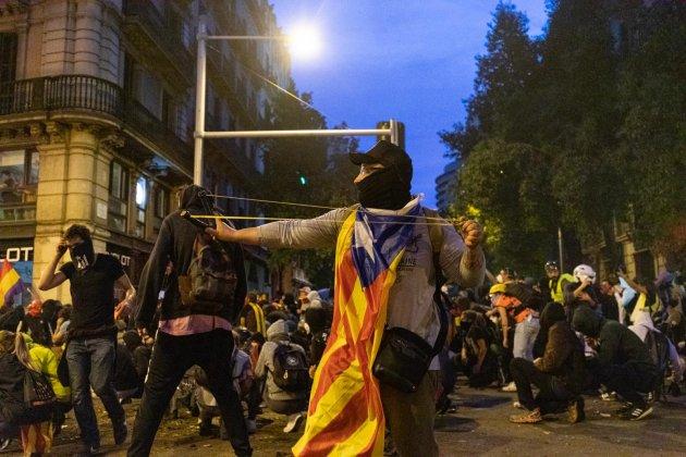 manifestants plaça catalunya el nacional