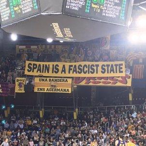 Pancarta Espanya Palau Blaugrana sentencia @jassbcn