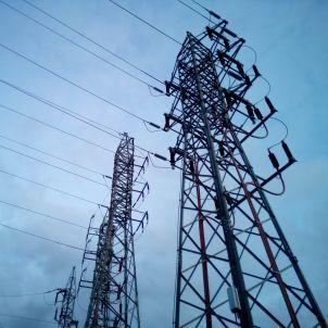 torres elèctriques portaljardin pixabay