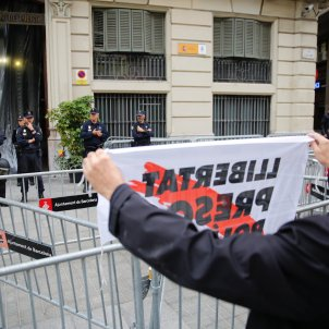 Manifestació prefectura policia Via Laietana 8   Sergi Alcàzar