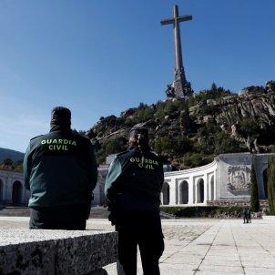Guàrdia Civil vigila Exhumació Franco Valle de los Caídos EFE