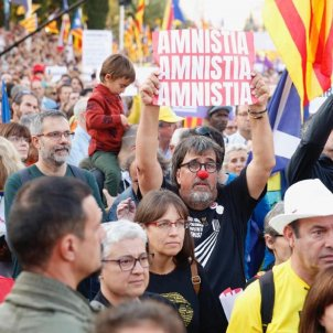 ELNACIONAL Jordi Pesarrodona manifestació 26 O carrer Marina Sergi Alcàzar