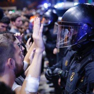EL NACIONAL mossos brimo estacio sants manifestacio cdr - sergi alcazar