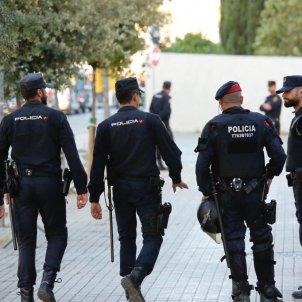 ELNACIONAL mossos policia cnp manifestacio visita rey felip vi diagonal - sergi alcazar