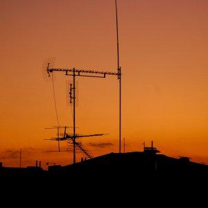 antena tv - unsplash