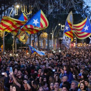 acte tsunami democratic jornada reflexio plaça universitat estelades - Sergi Alcàzar