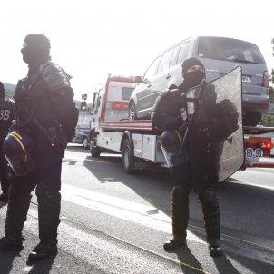 Gendarmerie Francesa vehicles grua tall Junquera - Mireia Comas