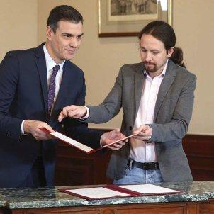 Pedro Sanchez Pablo Iglesias preacoird govern coalicio EFE