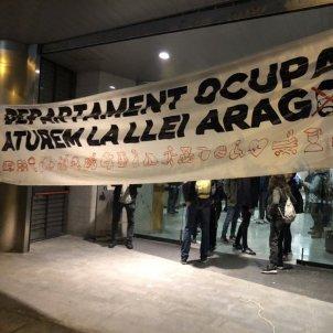 elnacional ocupacio departament treball llei aragones   plataforma aturem llei aragones