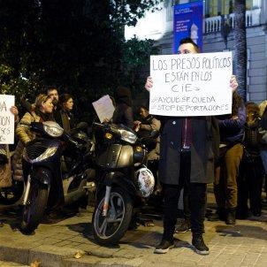 ELNACIONAL delegacio govern espanyol cdr ayoub - mireia comas