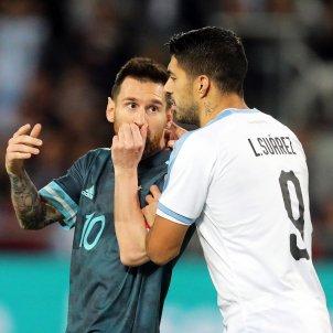 Messi luis Suárez Argentina Uruguai EFE