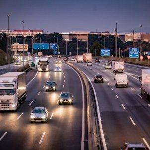 transit autopista carretera cotxes - @transit