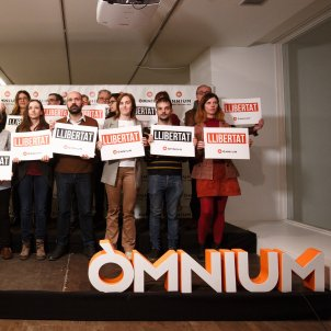 junta directiva omnium marcel mauri cartells   mireia comas