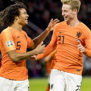 De Jong Ake Holanda Eurocopa 2020 classificacio EFE