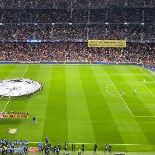 Pancarta Camp Nou Barca Champions Borussia Dortmund Bernat Aguilar