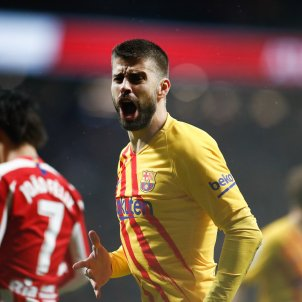 Gerard Pique Barca senyera Atletic Madrid Europa Press