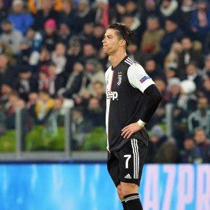 Cristiano Ronaldo trist bracos Juventus EFE