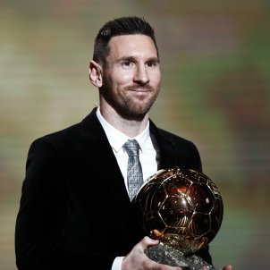Leo Messi sisena Pilota Or France Football EFE