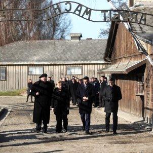 Merkel Auschwitz 2 EFE