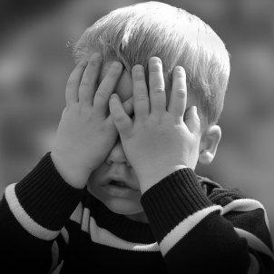 Amagar nen (Pixabay)