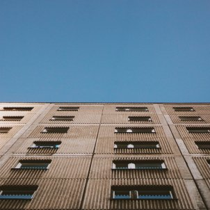 Un edifici de pisos. Foto: Unsplash