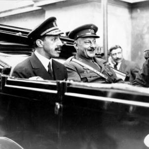 El regim dictatorial de Primo de Rivera amenaça les manifestacions independentistes. Alfons XIII i Primo de Rivera. Font Wikimedia