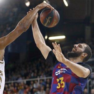 Mirotic Tavares Barca Reial Madrid EFE