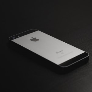 iPhone Unsplash (1)