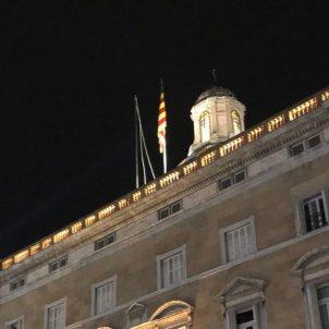 Bandera espanyola desapareix Palau Alay