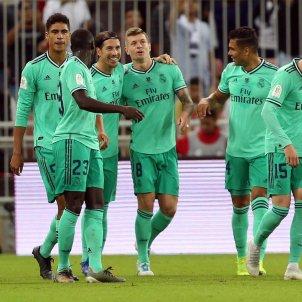 Reial Madrid celebracio gol Valencia Supercopa Espanya EFE