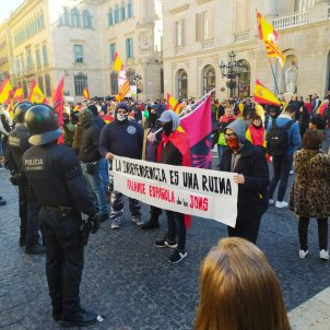Manifestacio Vox Barcelona falange - Robert Southon