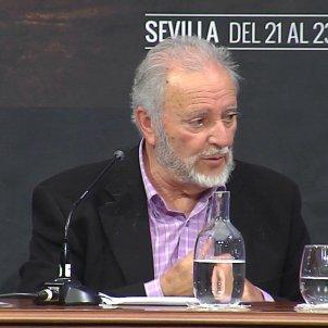 EuropaPress 2138002 El exsecretario general de IU Julio Anguita durante una conferencia en Sevilla