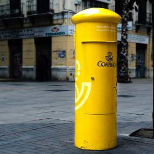 correos unsplash