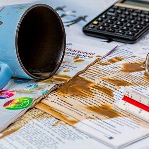 error maldestre torpe tassa accident domestic pixabay