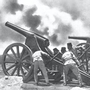 Spanish mortars firing at Mount Gurugú artilleria wikipedia