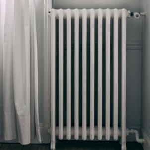 calefaccio radiador casa UNSPLASH