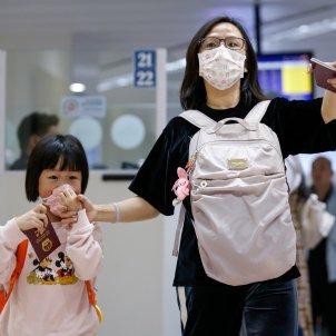 prevención coronavirus aeropuerto Manila EFE