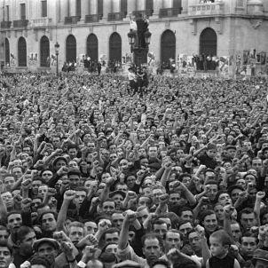 Homenatge a Durruti a la Via Laietana. AFB. Pérez de Rozas.